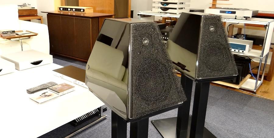 WILSON AUDIO WATT/5 可搬モニターのみ。サランネットは2種類付属(計4枚)
