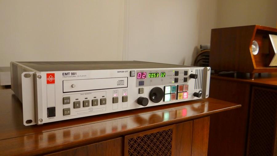 中古 オーディオプレーヤー EMT981 Restore