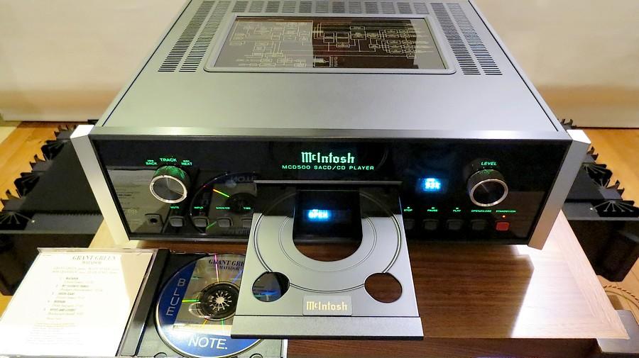 ハイエンド SACD マッキントッシュMcIntosh MCD500 中古。アルミ大キャストメカ
