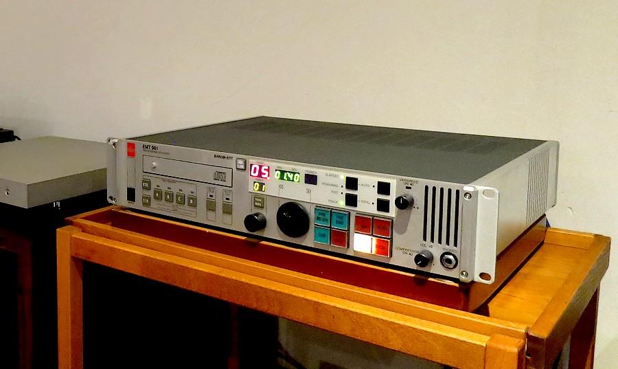 中古 EMT981 CDプレイヤー レストア済