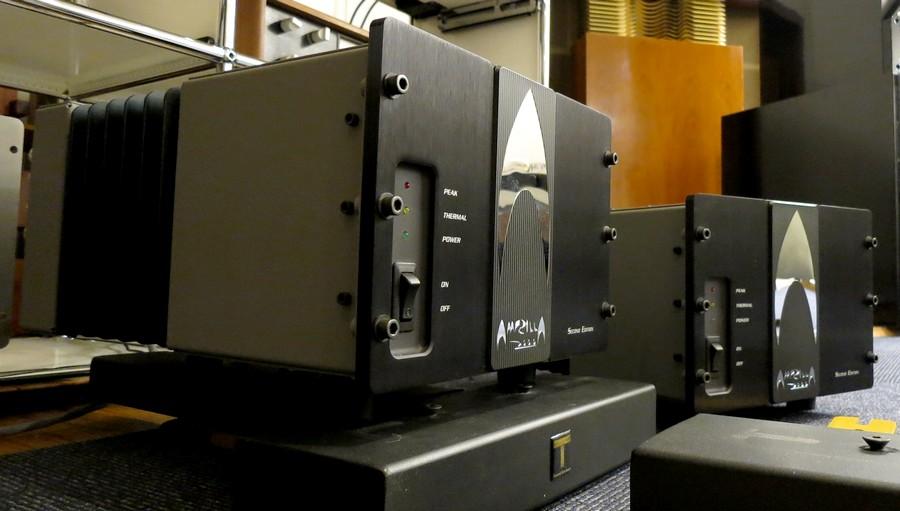 中古 Ampzilla 2000 SE 中古(新古状態)極上付属品すべてあり