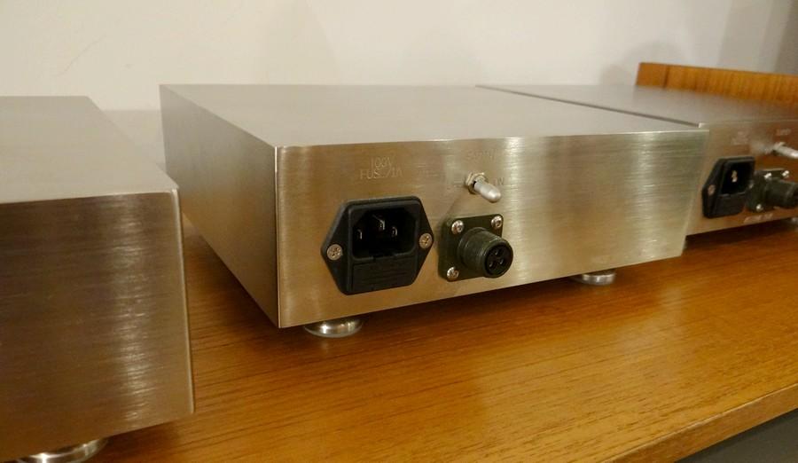 1系統のステップアップ。LINN JAPAN DS ExclusiveUSE /AVF 230V 100Vを230Vに昇圧します