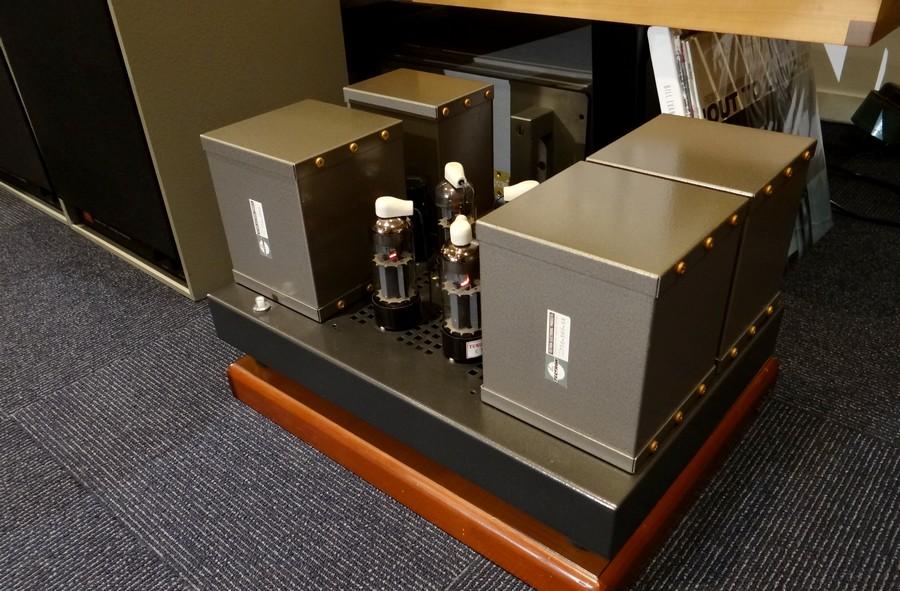 中古パワーアンプ SOUND PARTS Love Three E130L A級パワーアンプ