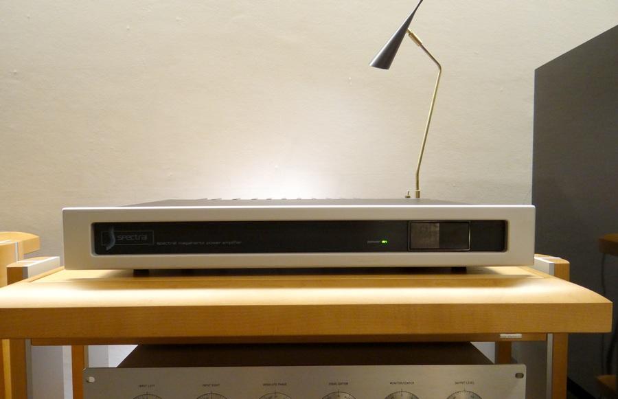 中古 SPECTRAL DMA90 Power Amp