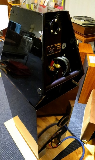 中古ハイエンドオーディオアンプ スピーカー 販売 秋葉原 日本橋 Audio Dripper TOKYO。WILSON AUDIO System5様の特注FMアコースティクスのジャンパーケーブルとCARDASのSPケーブル。