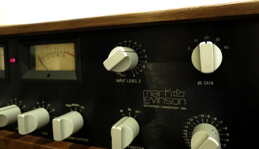 Mark Levinson LNP-2L のdBゲイン設定。