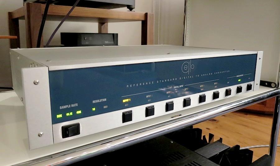 Cello R-DAC Cello Audio Suite(プリアンプ)に搭載されたプレミアム・アウトプットモジュールP-301をディスクリート回路で構成した充実のアナログ部です!