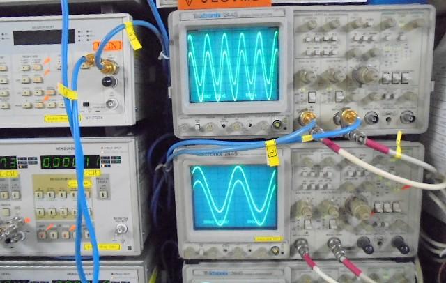 Wadia16_1KHZ_正弦波の波形もきれいに観測 (1)