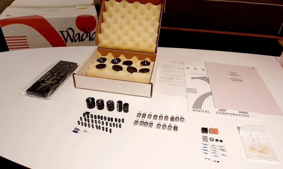 WADIA 21 CDプレーヤー|オーバーホール整備済80個以上の劣化パーツ交換、スパイクセット有