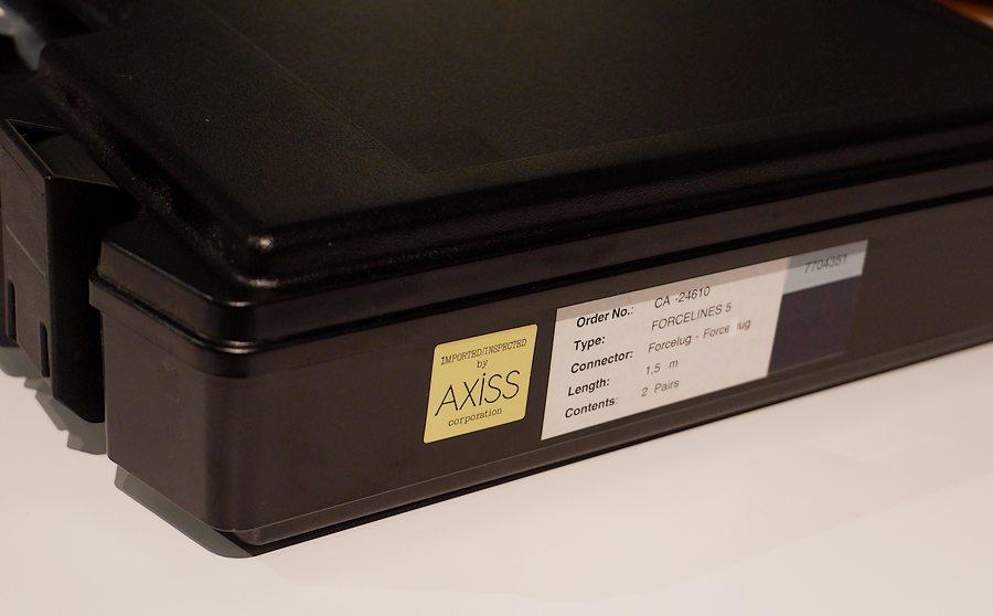 FM ACOUSTICS FORCELINESの CA24610 5 FL5Sスピーカーケーブル(1.5m)の 新古品です。1回しか接続されてません(正規品シリアル番号)