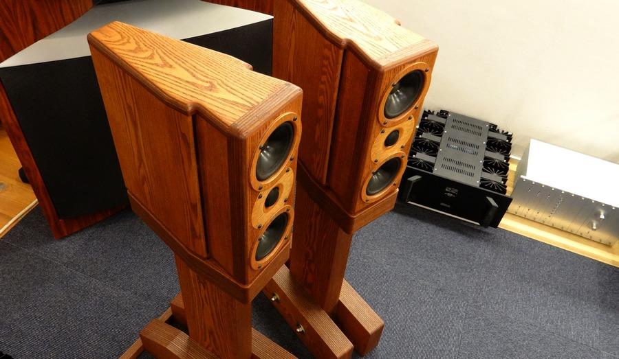 レイオーディオ Rey Audio K-Monitor KM1V & KS1Vスタンド【中古モニタースピーカー】