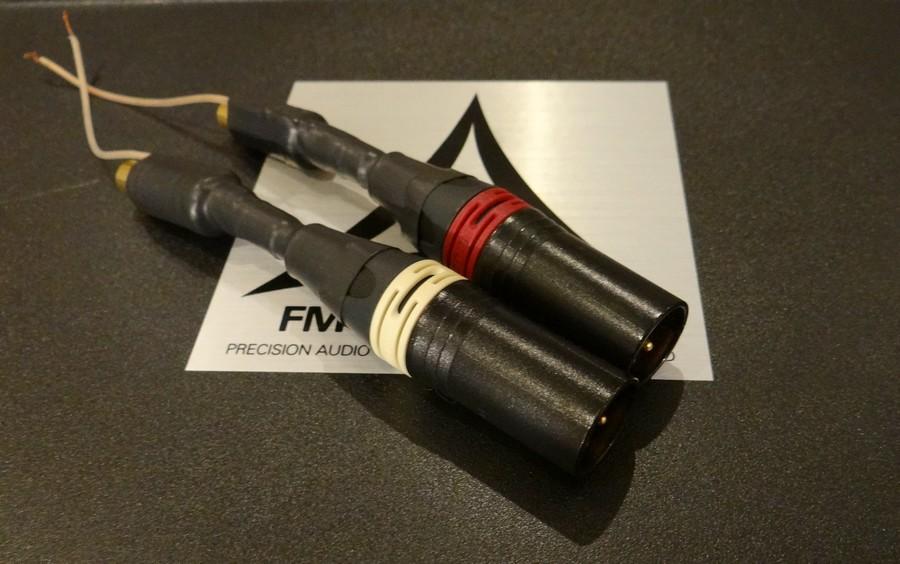 FM Acoustics RCA-XLR変換アダプター