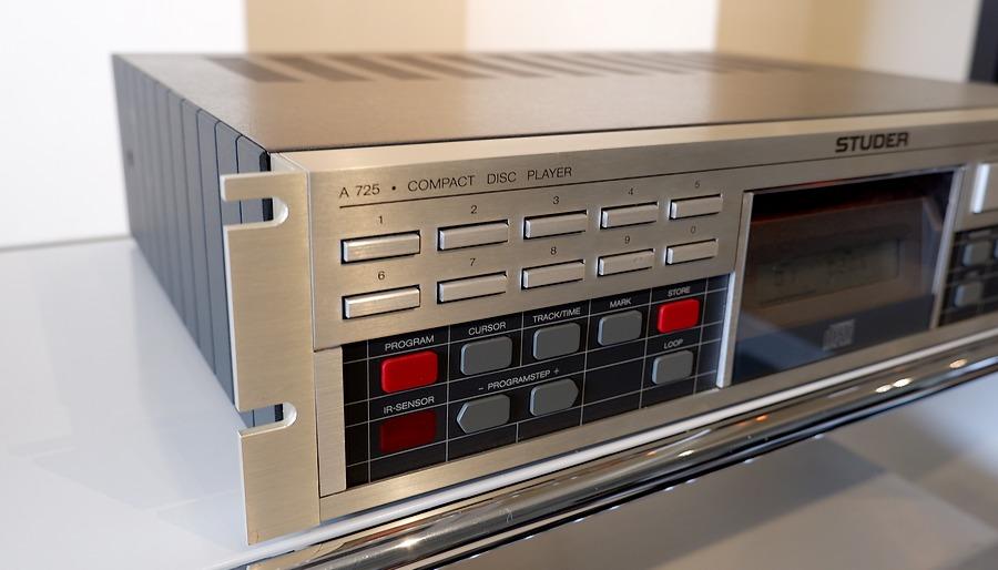 STUDER A725 CD Player スチューダーA725オーバーホール整備 美しい外観です