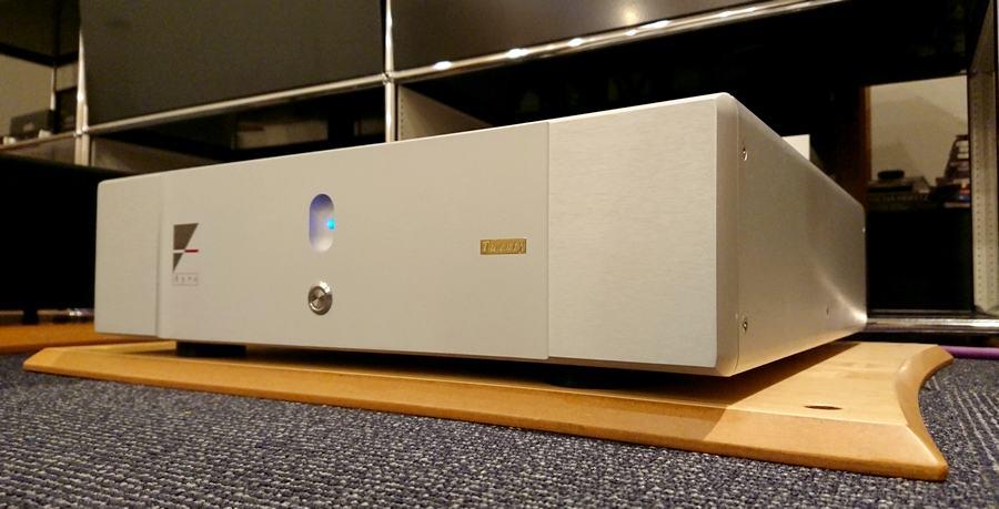 Ayre VX-5 Twenty power-amp