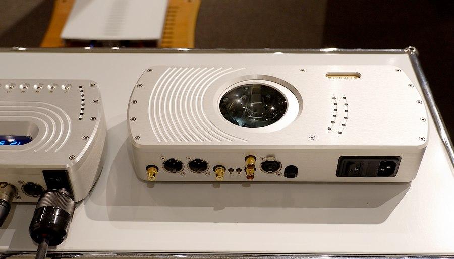 Chord DAC64MK2|多彩な接続、アップサンプリングが可能