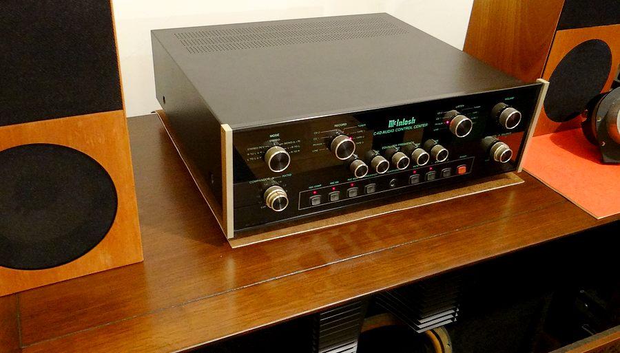中古 McIntosh C40 中古コントロールアンプ。トーンコントロール付属