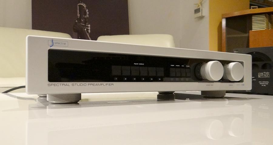 中古スペクトラル・プリアンプ Spectral DMC-15SS Studio Standard Preamp