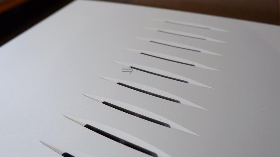 LINN SOLO 1/BPモノラルパワーアンプ|リン・ソロ現行パワーアンプ、1mm 程の傷があります。
