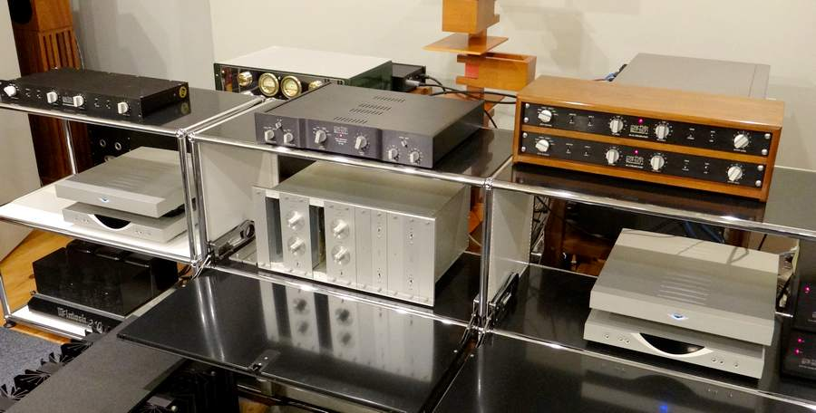 Mark Levinson PRE AMPLIFIER