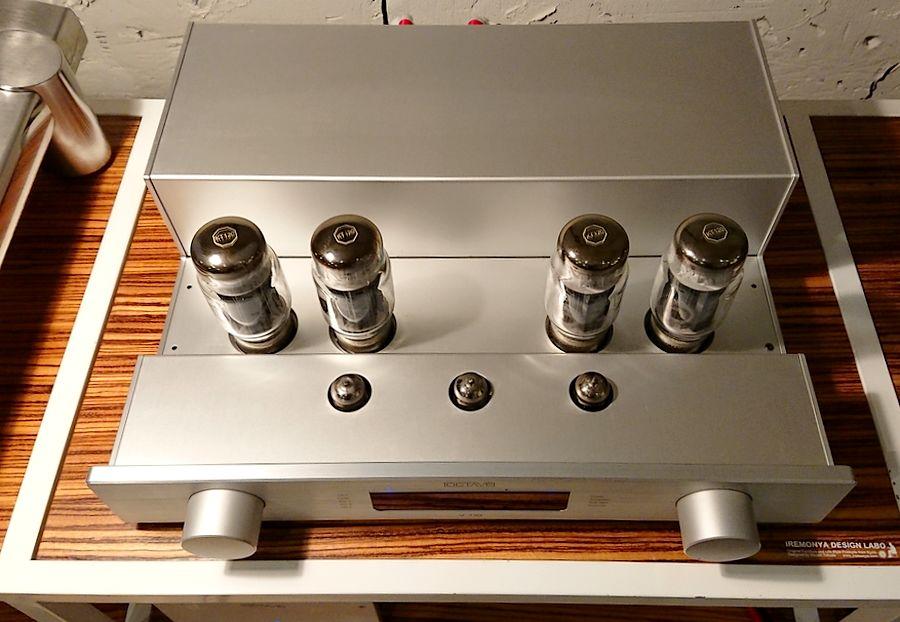 OCTAVE V110 KT120パワー管(KT88やEL34も使用可能)