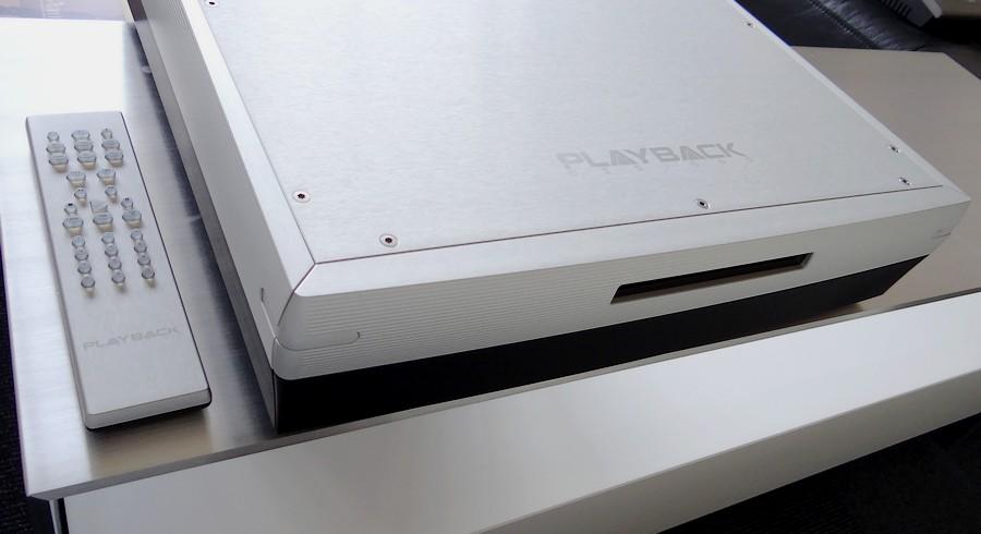 Playback Designs DAC MPD-5(リモコン)|外観は++Aです