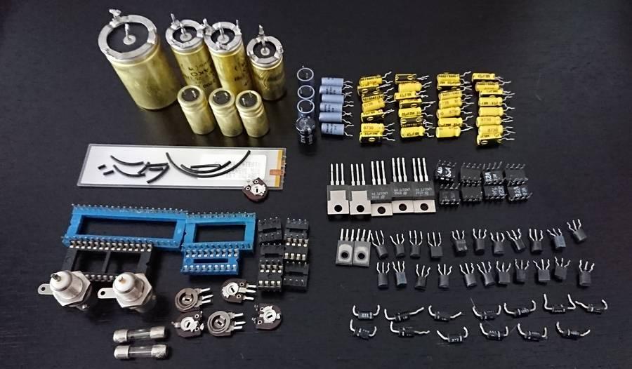 スチューダーA727業務用CDプレーヤー|ICも交換、電源部、コンデンサなど100個以上の劣化部品交換