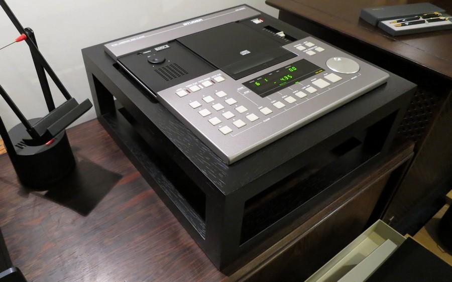 STUDER D730MK2平行スタンド付属