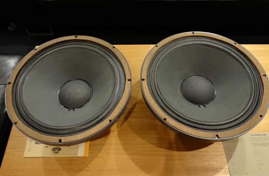 150-4C 左右コーン紙(オリジナルNo.)左右音圧・バランスとも正常。