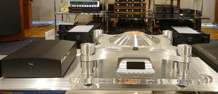 電源ユニット別のCDトランスポート:ORACLE CD2000 MK4 CD Transport