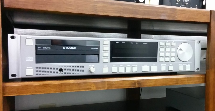中古 STUDER D731 業務用CDプレイヤー