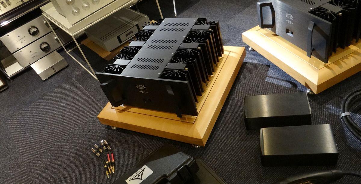 中古ハイエンドケーブル、インターコネクト、FM Acoustics純正ケーブル、オーディオラック販売