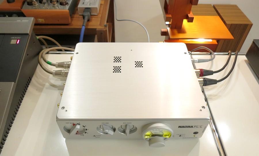 .真空管12AX7/ECC83