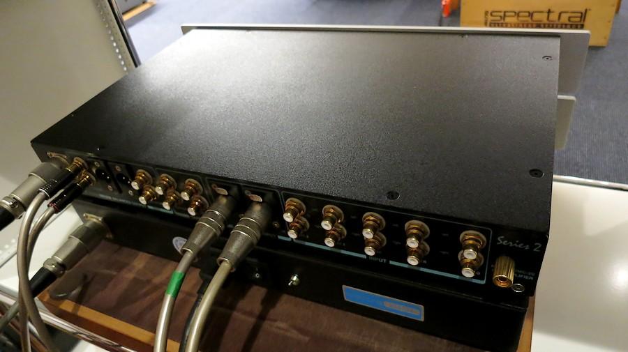 中古 スペクトラル・SPECTRAL DMC-20 シリーズ2 後パネル(撮影時の設置)