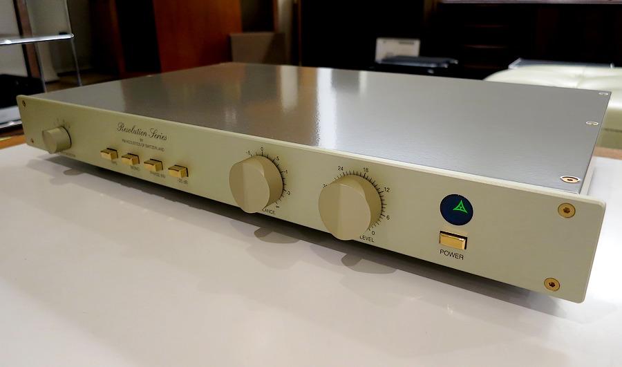 中古 FMアコースティックスFM245。FM245天板(アルミニウム9000)