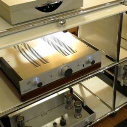 中古オーディオ おすすめ オクターブ・Octave HP300 プリアンプ【ドイツ】