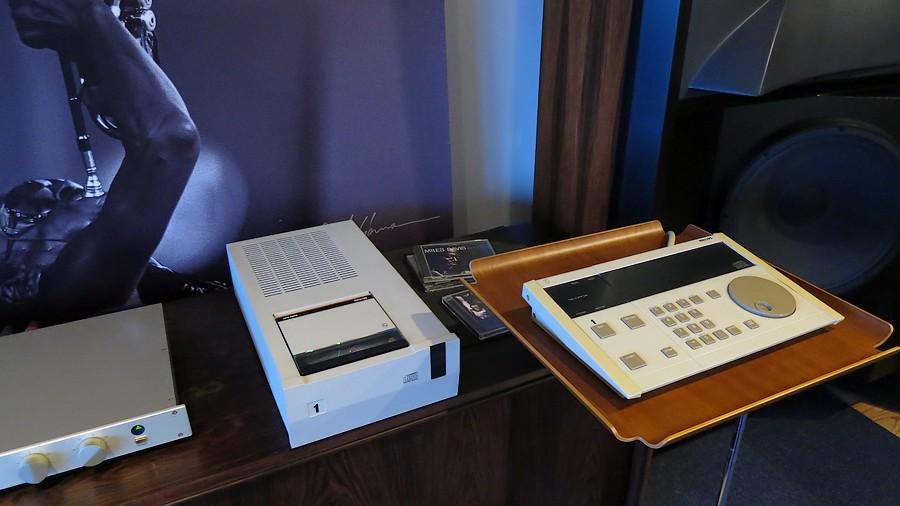 dd55000 used JBL LHH2000CDプレーヤーで試聴 モダンJAZZに最高