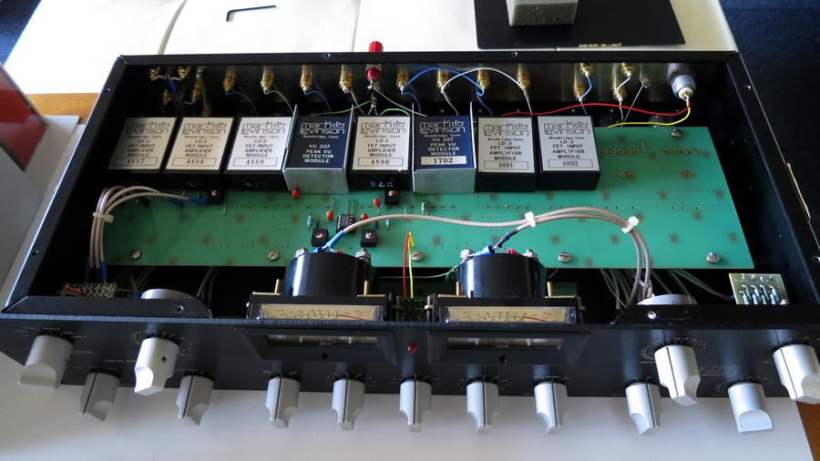 Mark Levinson LNP-2L 初期モジュールLD-2連番(メーターモジュールは変更:紺色2個)