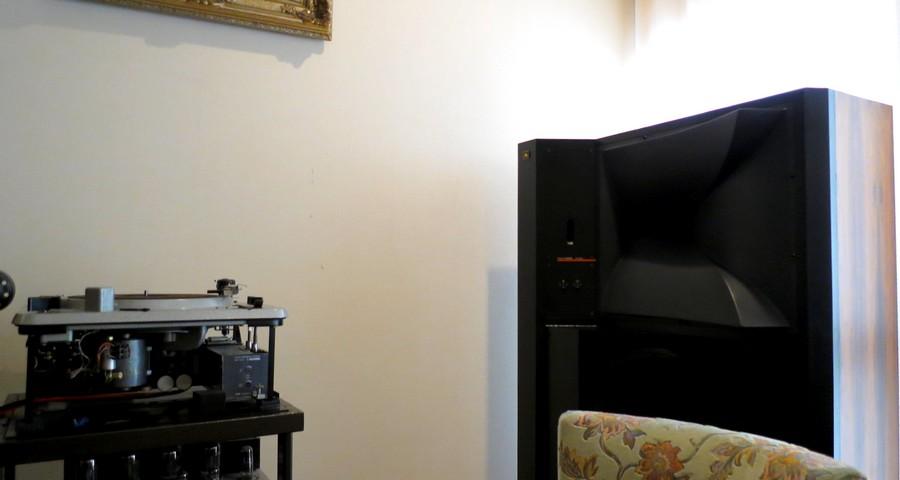 jbldd55000納品 ハイエンド中古オーディオショップ。