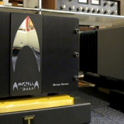中古パワーアンプ S.S.T. AMPZILLA 2000 Second Edition