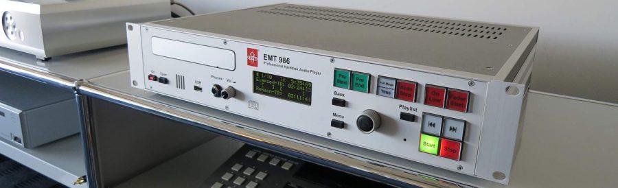 EMT986 (写真は別個体)