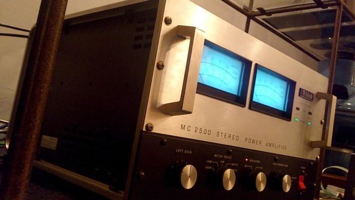 MC2500の前期シルバーモデル