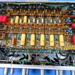 ① シャーシ、基板分解 >>② 本体電源部コンデンサーショート不良の為交換