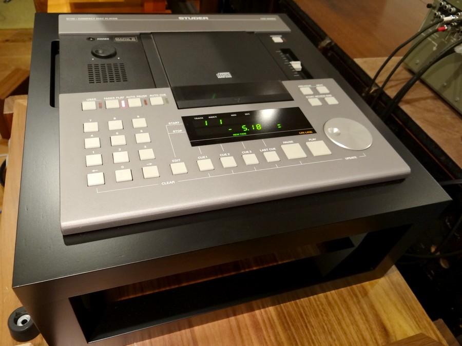 STUDER D730MK2 業務用CDプレーヤー