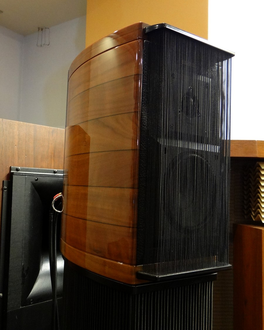 Sonus Faber Guarnri Homage wood