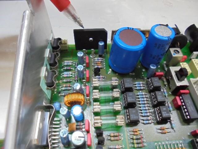STUDER_A730_電源部アップグレード_電源トランスからの交流電圧を整流するブリッジダイオードも規格の4倍の新品に交換いたします。