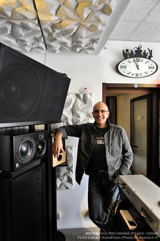 http://www.online-jazz.net/2015/05/28/stefano-amerio-quel-che-conta-e-la-qualita/