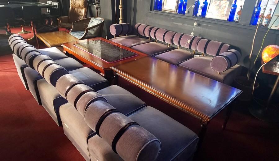 元祖コットンクラブで造られたソファ