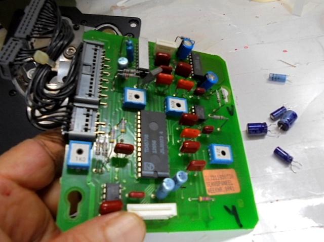 KRELL MD1サーボ基板の劣化パーツ交換