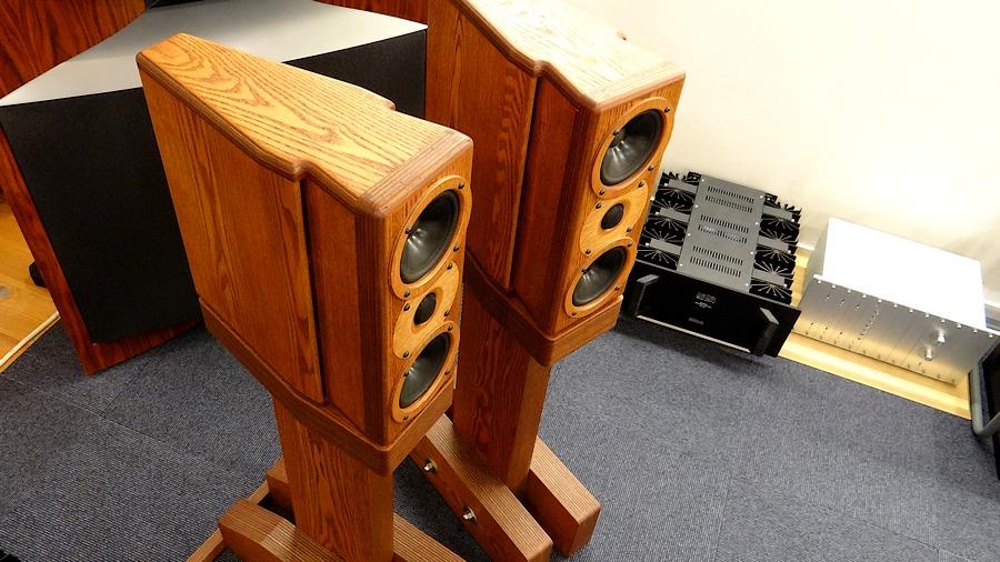 Rey Audio K-Monitor KM1V & KS1Vスタンド