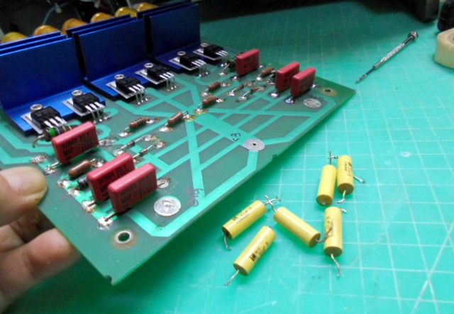 KRELL KMA100 MK2のオーディオボード整備